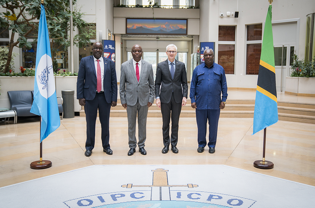 Tanzania's Minister of Home Affairs Kangi Alphaxard Lugola was welcomed to the INTERPOL General Secretariat headquarters by Secretary General Jürgen Stock.