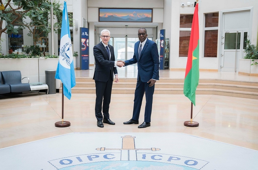 Burkina Faso's Minister of Security Ousseni Compaore was welcomed to the General Secretariat headquarters by INTERPOL Chief Jürgen Stock.