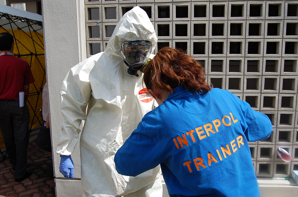 Interpol trainer in the field