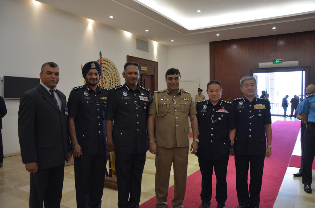 Malaysian Delegation with Inspector General of police Sri Lanka