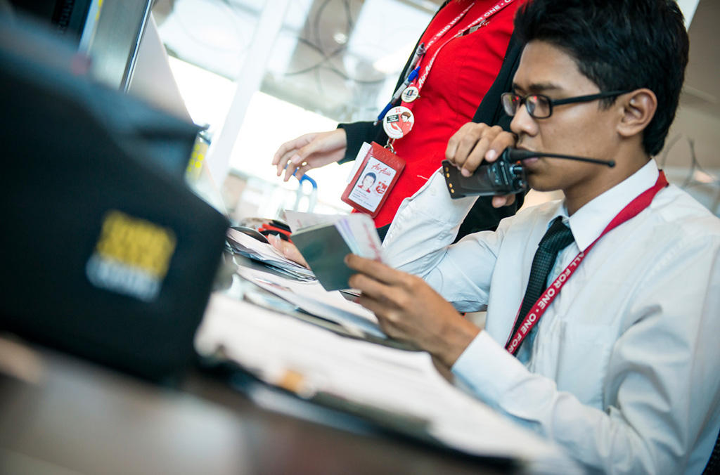 AirAsia was the first airline to implement the I-Checkit system – its successful 16-month pilot demonstrated the value of I-Checkit in mitigating the criminal risks that are behind identity fraud.