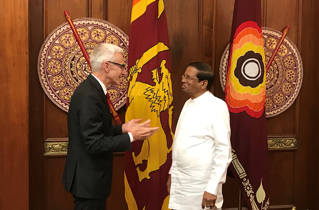 The President of Sri Lanka, Maithripala Sirisena, discussed a range of international security and crime issues with INTERPOL Secretary General Jürgen Stock.