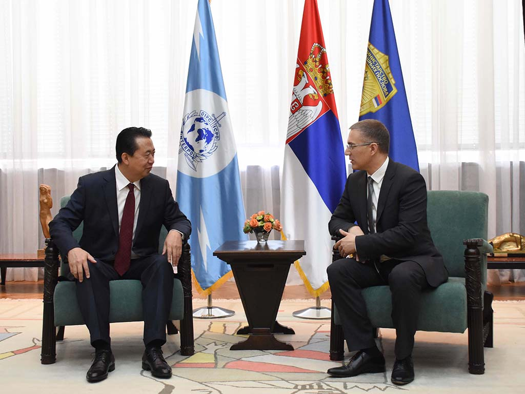 Enhancing cooperation in combating all forms of transnational crime was the focus of a series of meetings between INTERPOL President Meng Hongwei and top Serbian officials including Minister of the Interior Nebojša Stefanović.