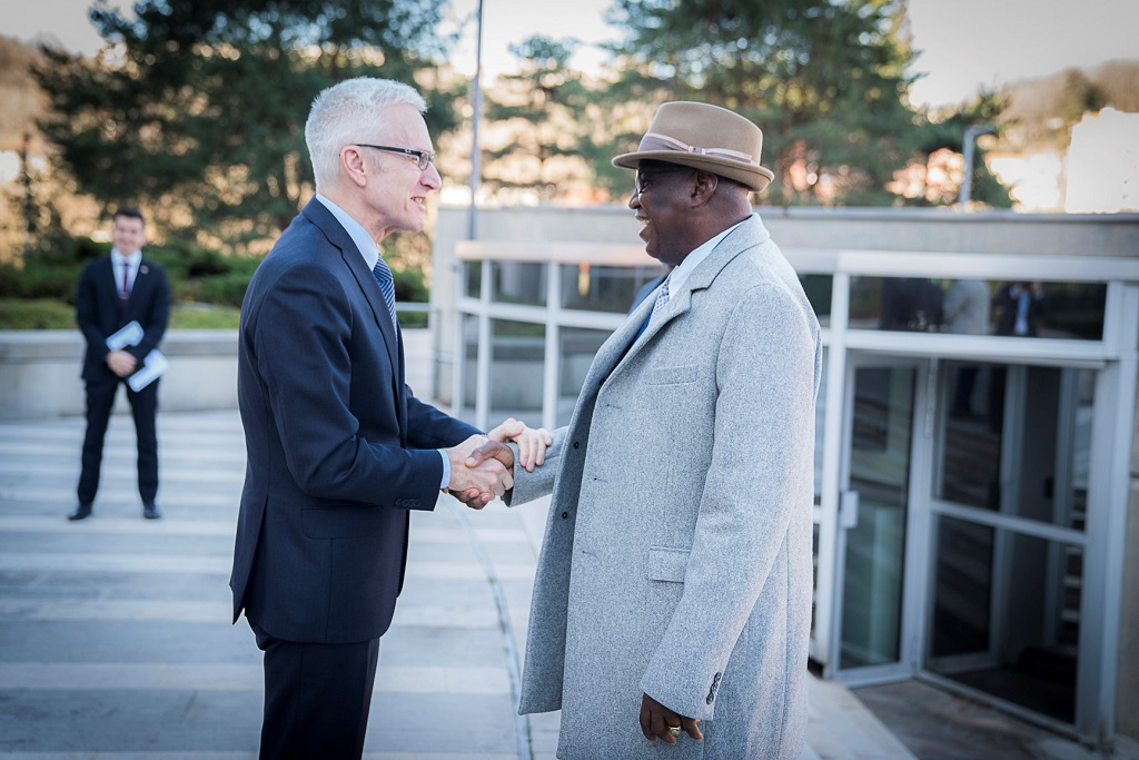 INTERPOL Secretary General Jürgen Stock welcomed Maramany Cissé, Advising Minister to the President in Charge of Security Sector Reform in Guinea to the General Secretariat headquarters.