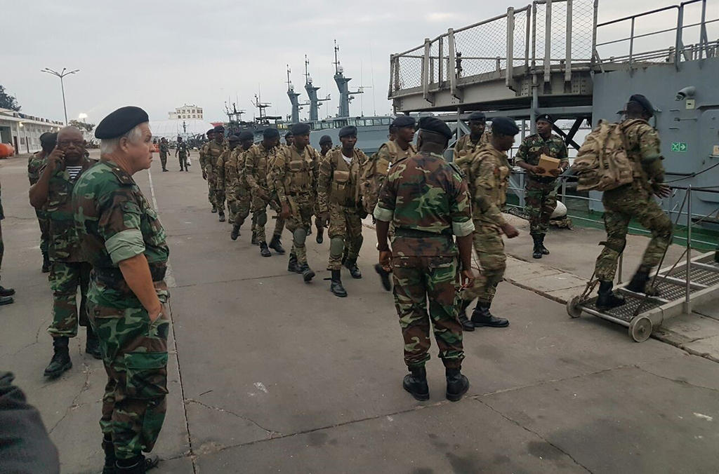 As part of Operation 30 Days at Sea, Angolan army officials were called in to perform maritime inspections