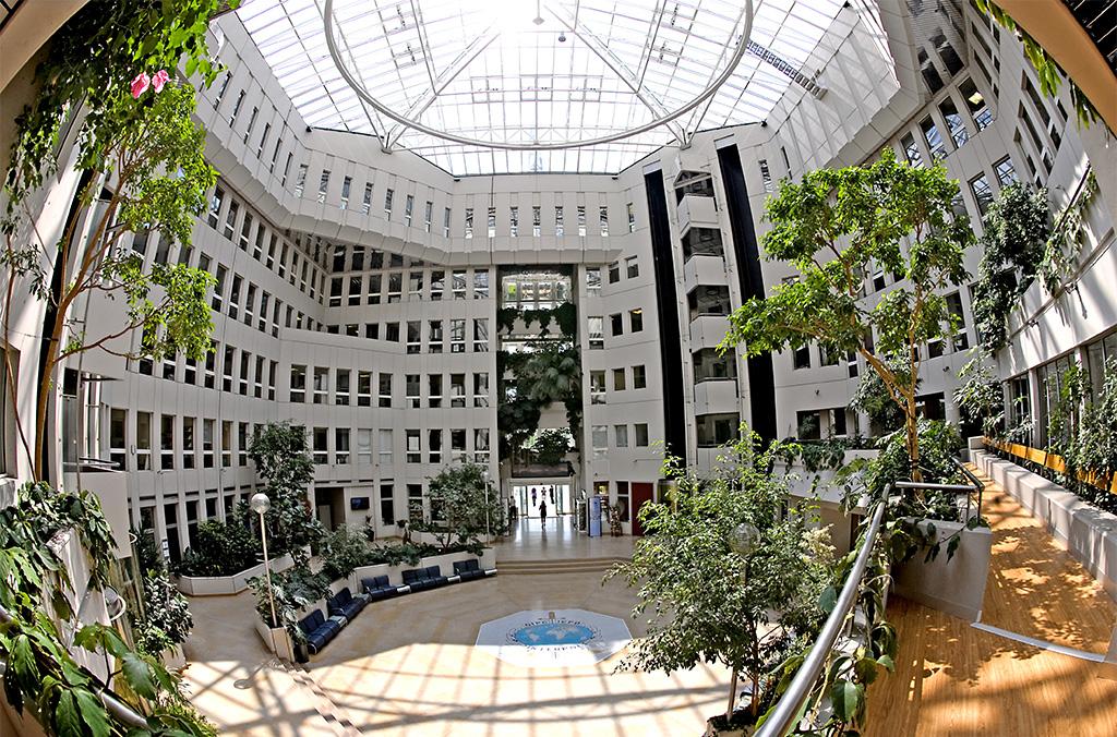 الأمانة العامة, المقر في ليون,  فرنسا