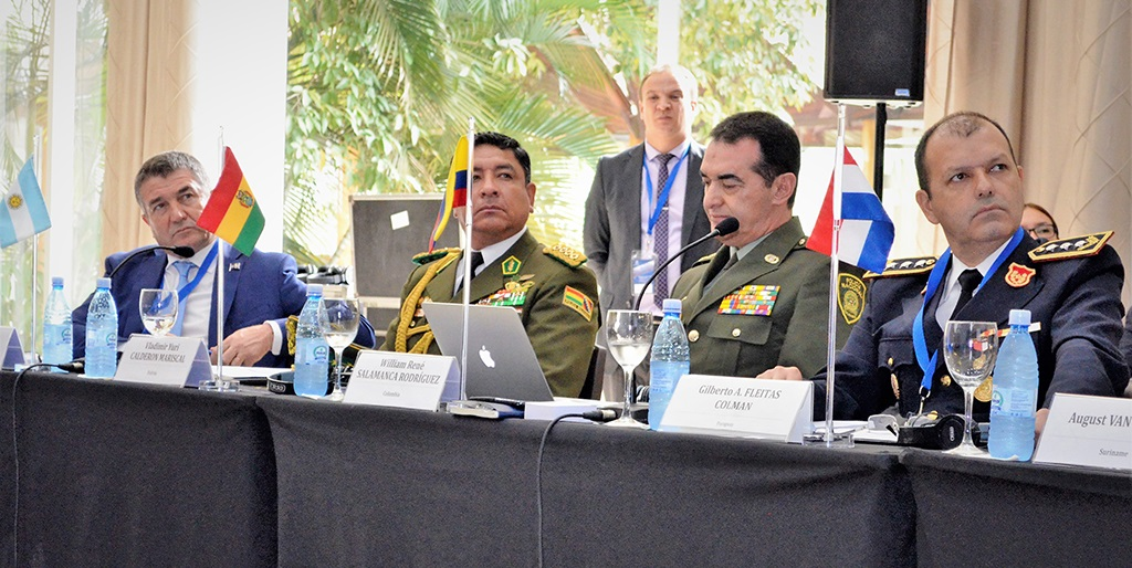 Police leaders were briefed on a range of initiatives to support and modernize police forces, from operational and investigative support to enhancing database usage and expanding INTERPOL's global communications network – called I-24/7 - to national police and border control agencies.