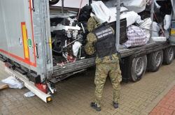 INTERPOL prestó su apoyo a esta operación internacional dirigida por Frontex para hacer frente a los delitos relacionados con los automóviles.
