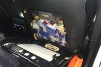 كشفت السلطات المكسيكية عند الحدود بين المكسيك والولايات المتحدة رصاصات مخفية في مخابئ سرية خلف مقاعد السيارات.