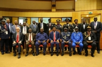 Secretary General Jürgen Stock with the EAPCCO Police Chiefs and Prime Minister of Tanzania Kassim Majaliwa.