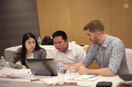 Los participantes aprendieron técnicas para transmitir los conocimientos a sus colegas de una manera adecuada e impartir los cursos de acuerdo con las normas de la Organización, a fin de ampliar el alcance y la sostenibilidad del proyecto.
